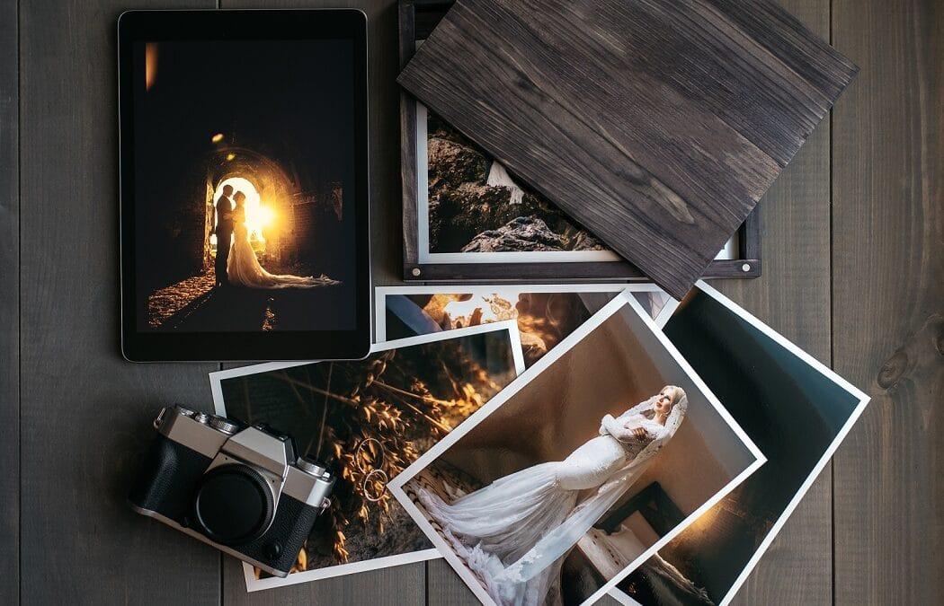 Jak zaoszczędzić na drukowaniu zdjęć? Jak jeszcze taniej wydrukować zdjęcie w Internecie? Oto 5 sposobów na zaoszczędzenie na drukowaniu zdjęć.